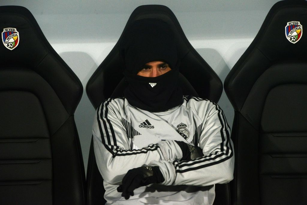 Isco looks on the bench for the clash with Viktoria Plzen