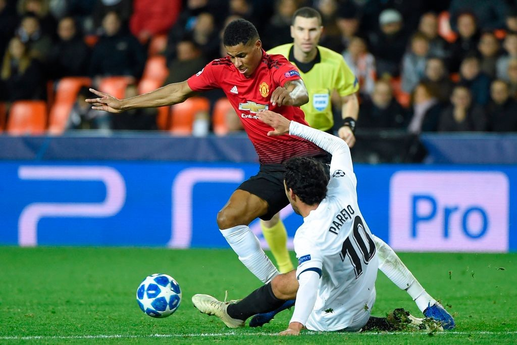 Rashford took on Valencia's defence.