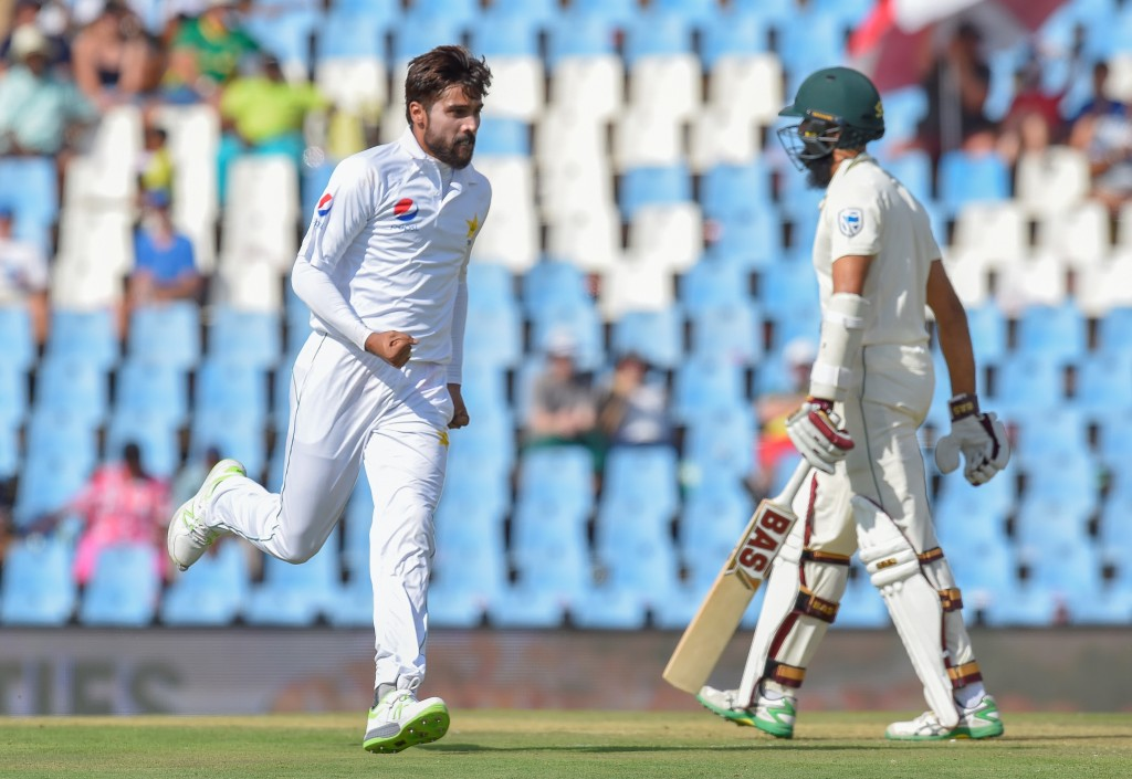 Amir and Co have kept Pakistan's hopes afloat.