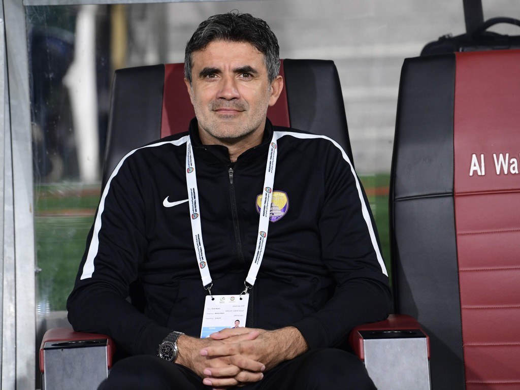 Zoran Mamic on the bench at Al Ain (Al Ain).