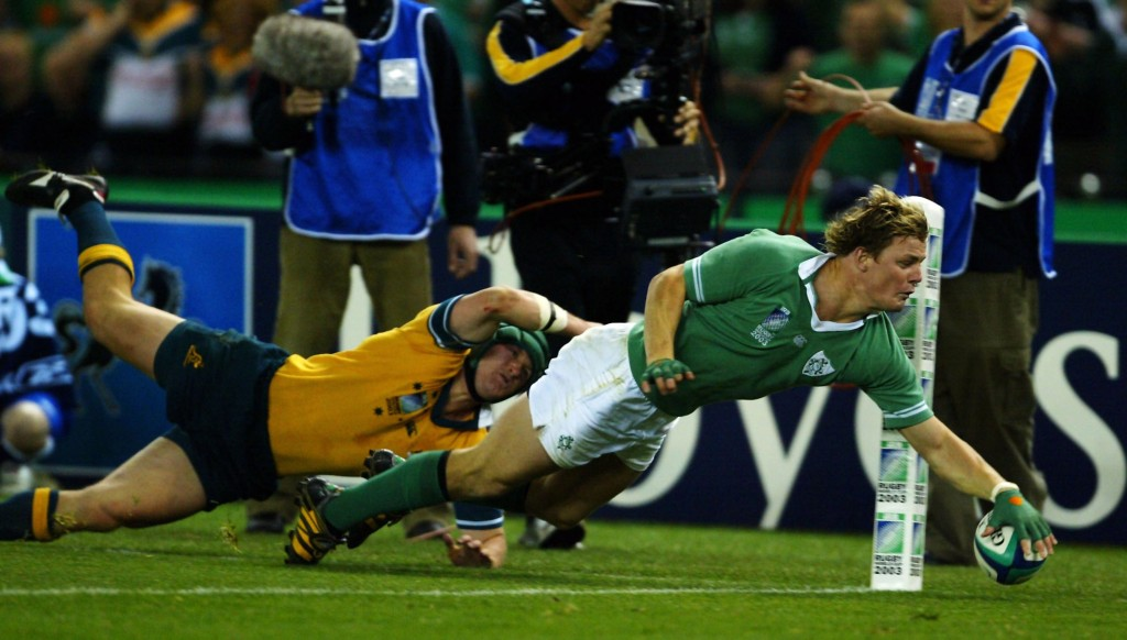 O'Driscoll scores a try against Australia at the 2003 World Cup.