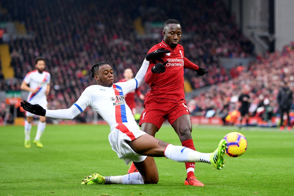 Aaron Wan-Bissaka tackles Naby Keita