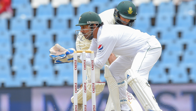 South Africa take first innings lead over Pakistan