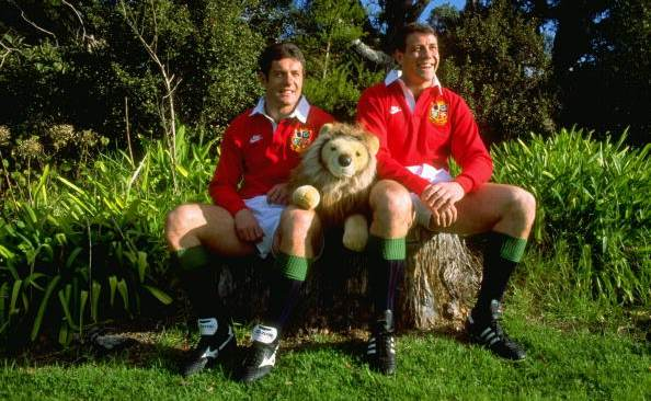 Scott Hastings (r) pictured with brother Gavin ahead of a British & Irish Lions tour.