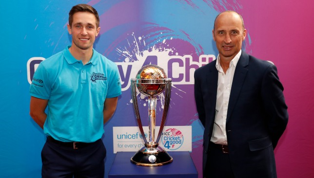 Chris Woakes and Nasser Hussain with the 2019 World Cup.