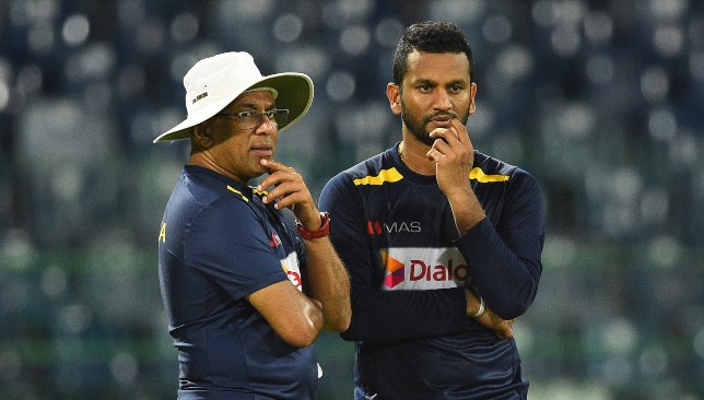 Hathurusingha (l) is being pushed out of his role with Sri Lanka.