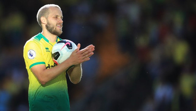 Pukki's three goals set up a superb win for Norwich.