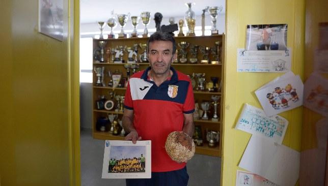 Fati's former coach Amador Saavedra.