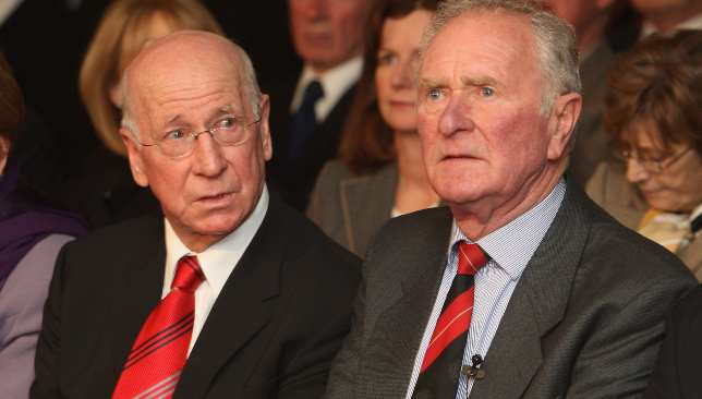 Harry Gregg (r) pulled Sir Bobby Charlton out of the Munich air wreckage in 1958.