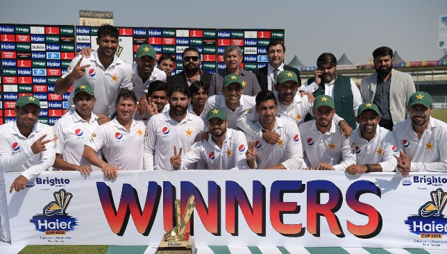 Misbah's Pakistan rose to No1 on the back of an unbeaten run in the UAE.