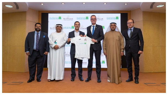 (L-R) Amit Malhotra, General Manager of Personal Banking Group at CBD, Khaled Al Hammadi, Head of Distribution and Branches at CBD, Raki Phillips, Chief Executive Officer of Ras Al Khaimah Tourism Development Authority, Bernd van Linder, Chief Executive Officer of Commercial Bank of Dubai, Amer Makki, Head of CSR, Sponsorship and Events at CBD, Enrico Filì, Chief Executive Officer of RCS Sports and Events.
