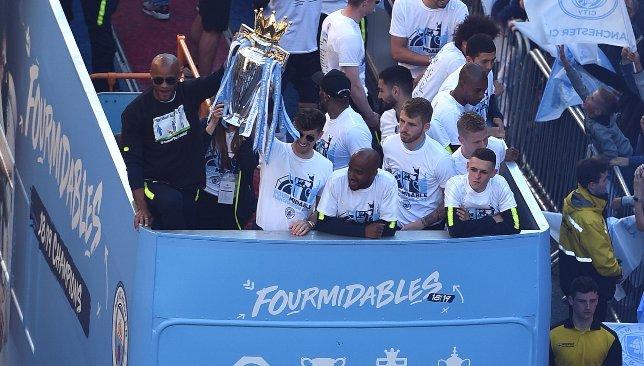 Manchester City célèbre les succès de 2018/19.