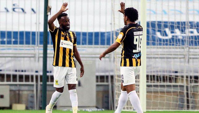 Fahad Al Muwallad (l) and Romarinho (EPA).