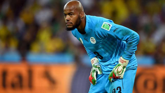 Rais M'Bolhi: Algeria's goalkeeper proving again he's a man for the big  occasion at AFCON - Sport360 News