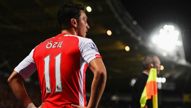 Arsene Wenger has called on Mesut Ozil to hit 10 goals for Arsenal.